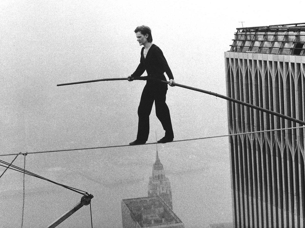 philippe-petit-world-trade-center-tight-rope-walk